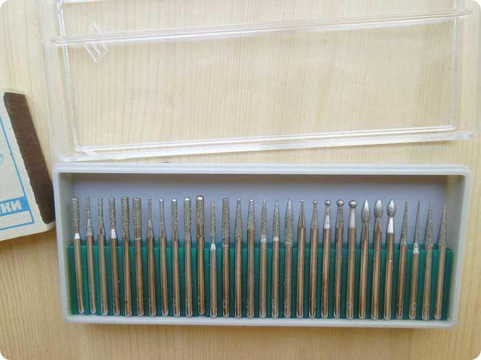 2. Набор алмазных гальванических шарошек-30 штук