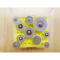 Алмазные отрезные круги с хвостовиком в наборе. 10 штук d=16-18-20-20с отверстиями-22-22с отверстиями-25-25с отверстиями-30-45мм