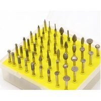 Алмазные шлифовальные головки малые в наборе-50 штук.Хвостовик-3.0мм.В пластмассовом кейсе